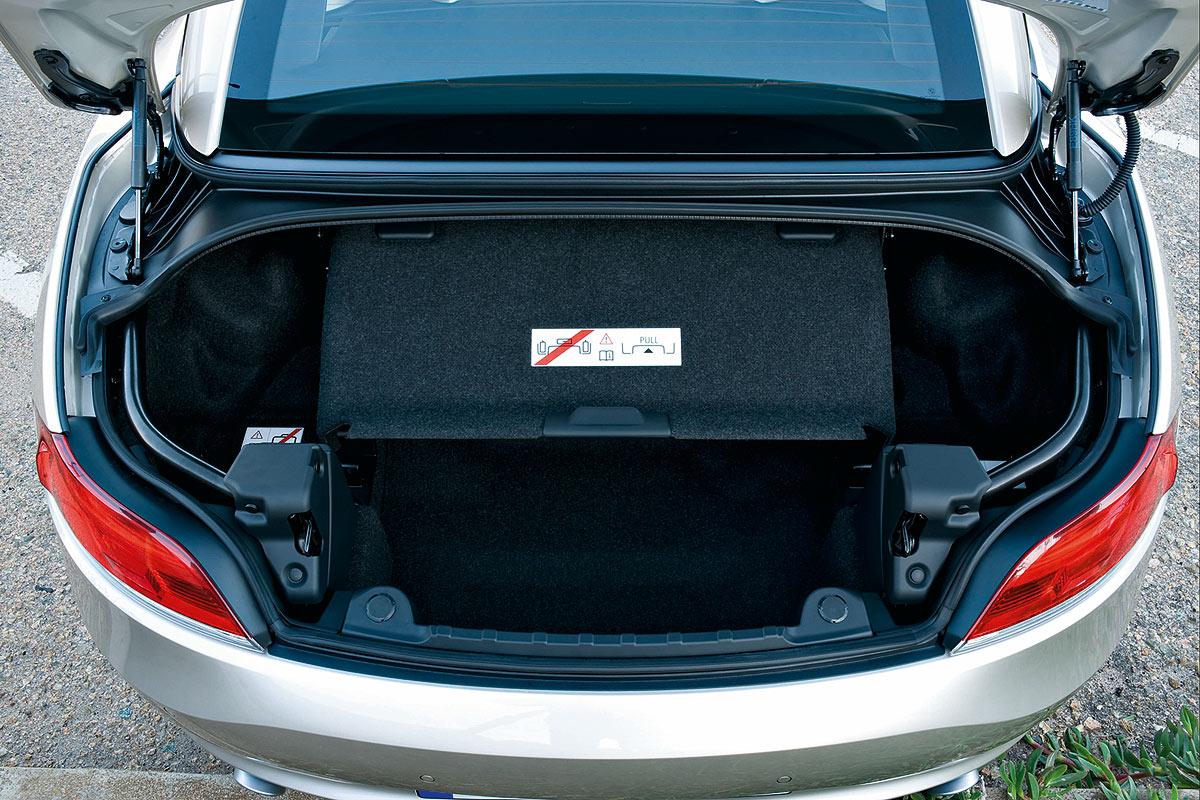 Nuevo Z4, ahora con techo rígido plegable. A la venta desde 39.900 €.