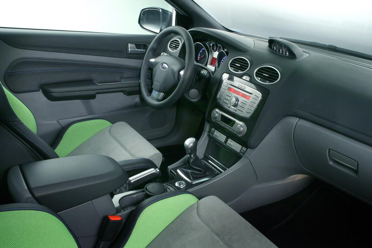 Ford Focus RS: el tracción delantera más potente a la venta por 33.795 €