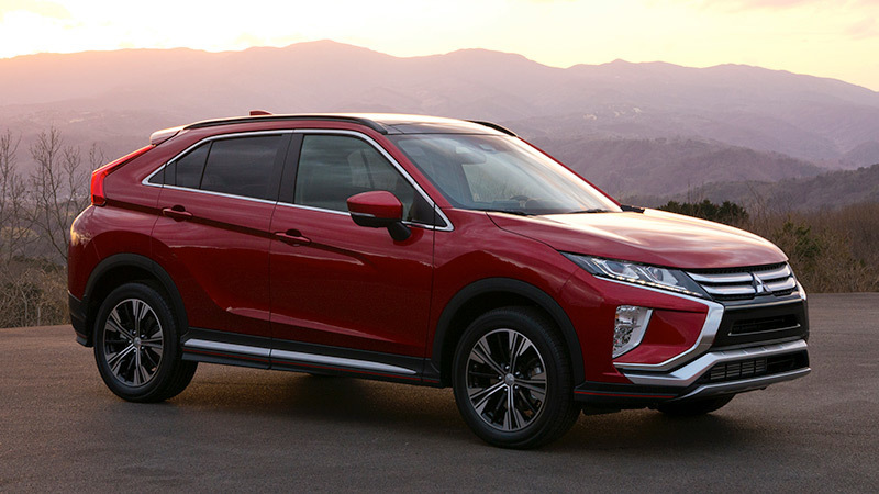 mitusbishi-eclipse-cross-lateral-frontal