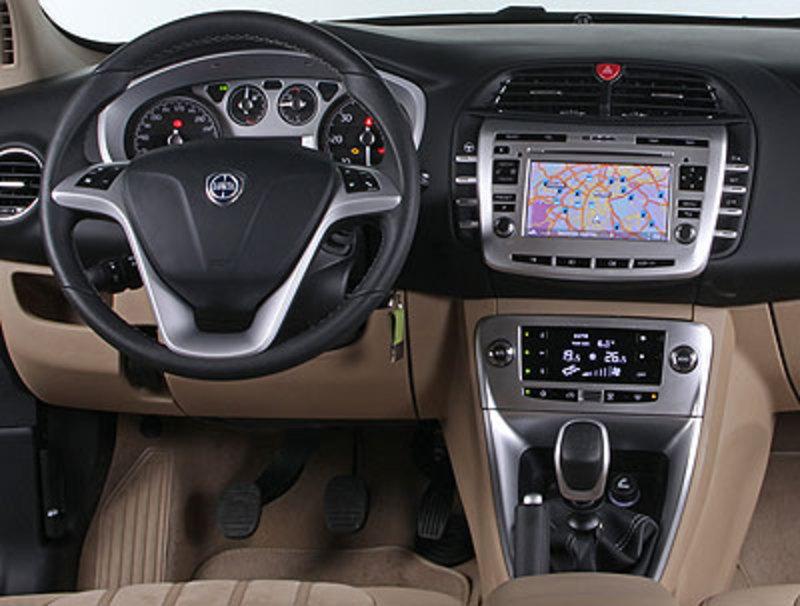 Lancia Delta (2008) | Impresiones del interior - km77.com