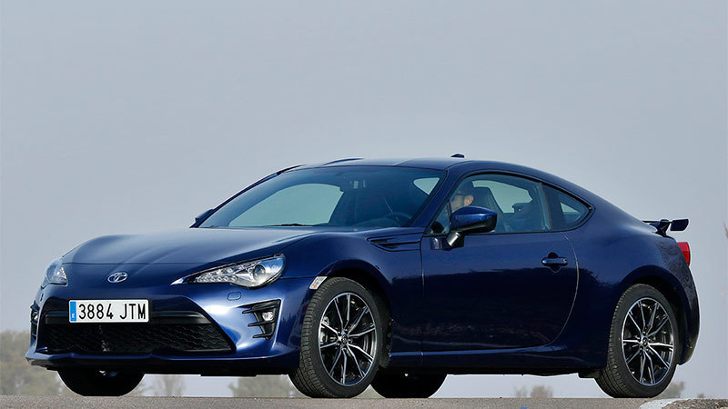 Toyota GT86 2017. Imagen frontal lateral