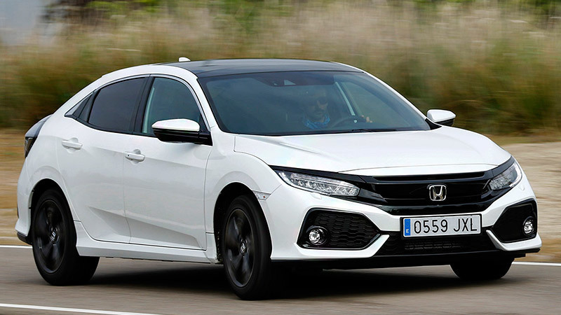 Honda Civic 5p 2017. Color Blanco Orquídea Perlado. Equipamiento Executive