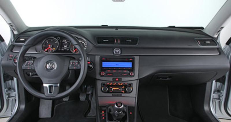Foto de - volkswagen passat 2011