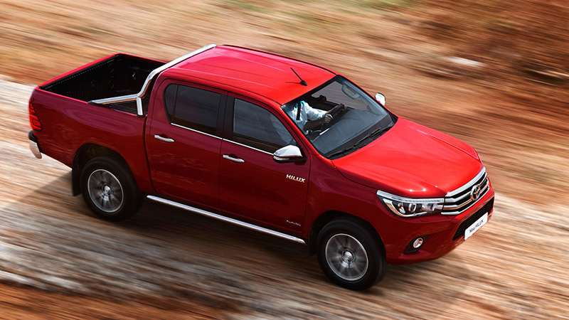toyota-hilux-2016-invincible-lateral-cenital