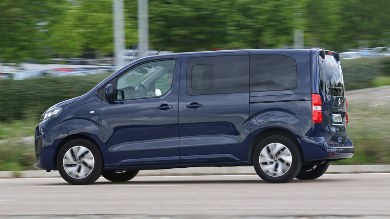 Foto de - citroen spacetourer 2016