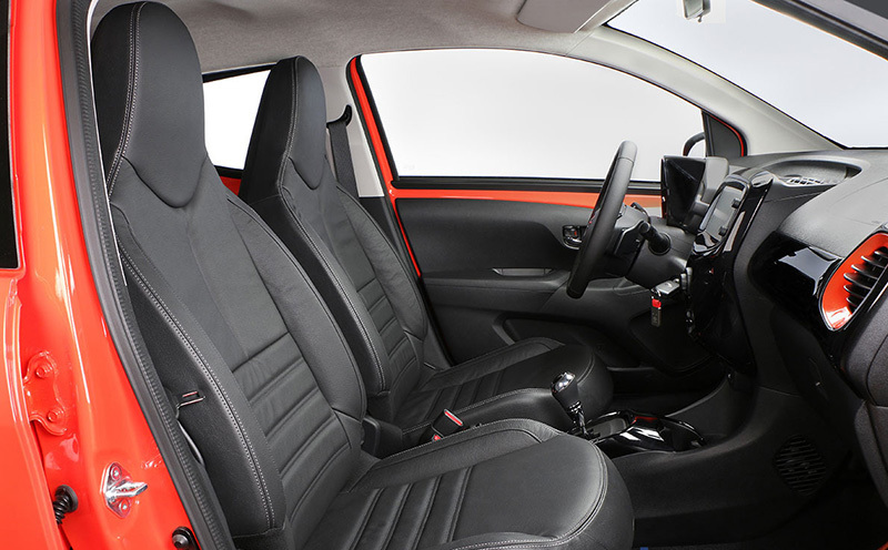 Toyota aygo 2015 impresiones del interior - Toyota aygo interior ...