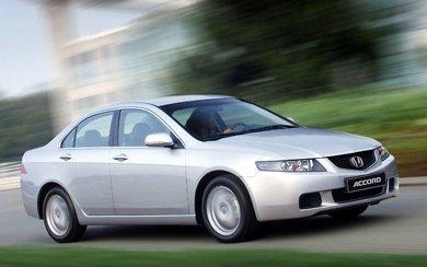 Foto Honda Accord 4p 2.2 i-CTDi Executive (2003-2006)
