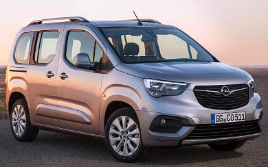 Foto Opel Combo Life L 1.5 TD 75 kW (100 CV) Start/Stop (2020)