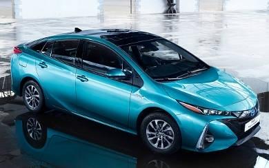 Foto Toyota Prius Plug-in Luxury (2020)