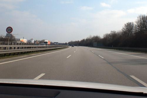 Autobahn. A 9. Ingolstadt - München