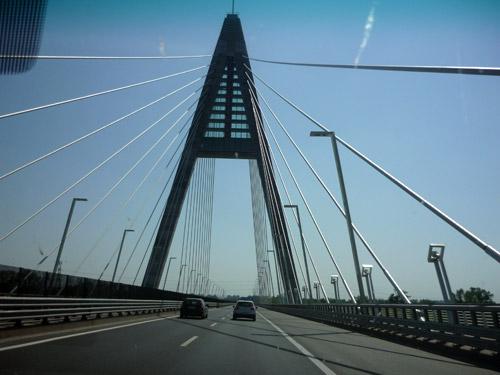 Puente en carretera