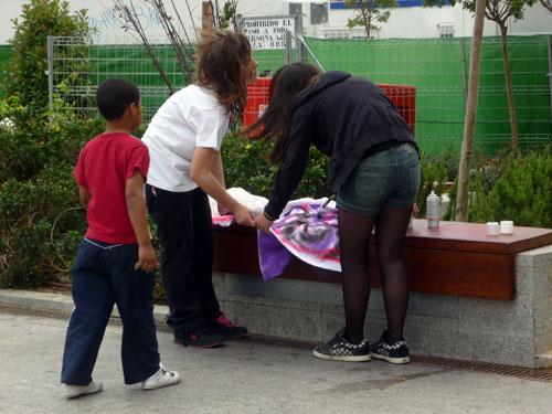 Camisetas Pintadas 2. Plaza Santo Domingo. Madrid.