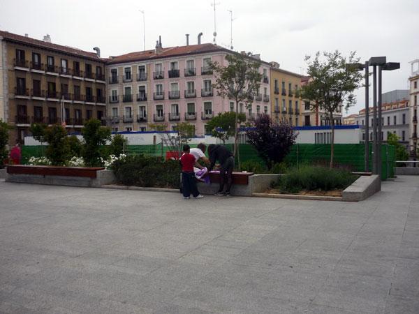 Camisetas Pintadas 4. Plaza Santo Domingo.  Madrid.