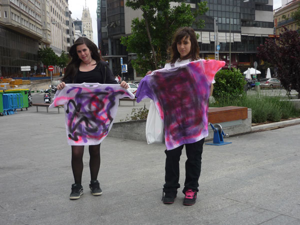 Camisetas Pintadas 7. Plaza Santo Domingo.  Madrid.