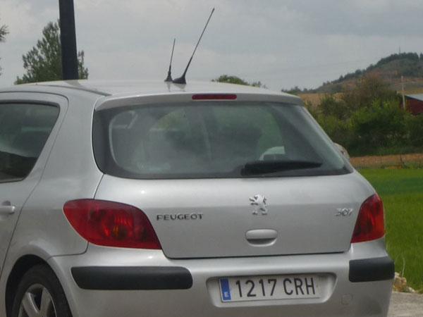 Doble antena. Peugeot 307. Radar Guardia Civil.