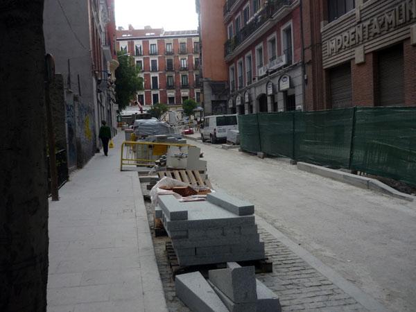 Calle de la Concepción Jerónima. Material de obra.