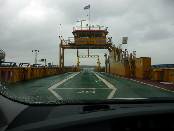 Ferry. Suecia. Embarque.