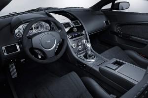 Aston Martin V12 Vantage, a la venta desde algo menos de 200.000 €