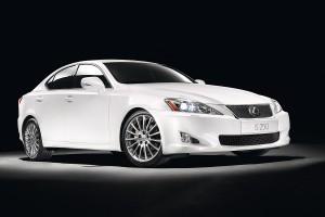 Francfort 2009. Lexus muestra el prototipo LF-Ch y un LS renovado.