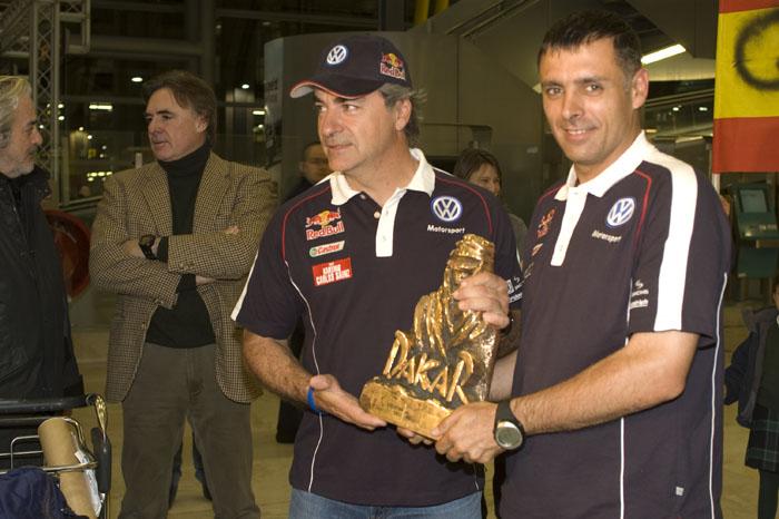 Carlos Sainz y Lucas Cruz. Campeones Dakar 2010.