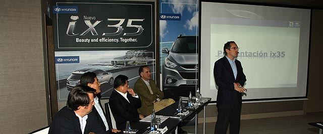 ix35-rueda-prensa