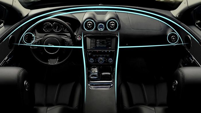 Jaguar XJ. Salpicadero.