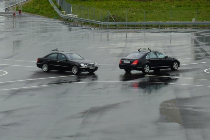 Heisenberg ha muerto para Mercedes-Benz. Sin chófer.