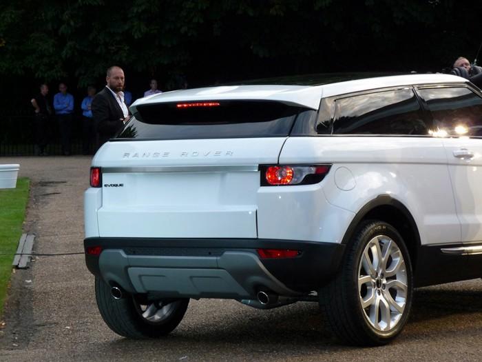 Range Rover Evoque. Vista 3-4 Posterior.