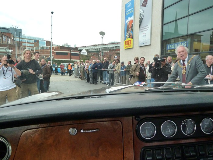 Jaguar XJ6 S1. 1968. Sir William Lyons. Alcalde de Coventry