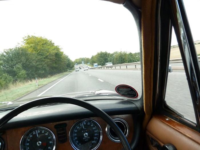 Jaguar XJ6 de Sir William Lyons. 1968. Sin espejo lateral. 75 aniversario Jaguar