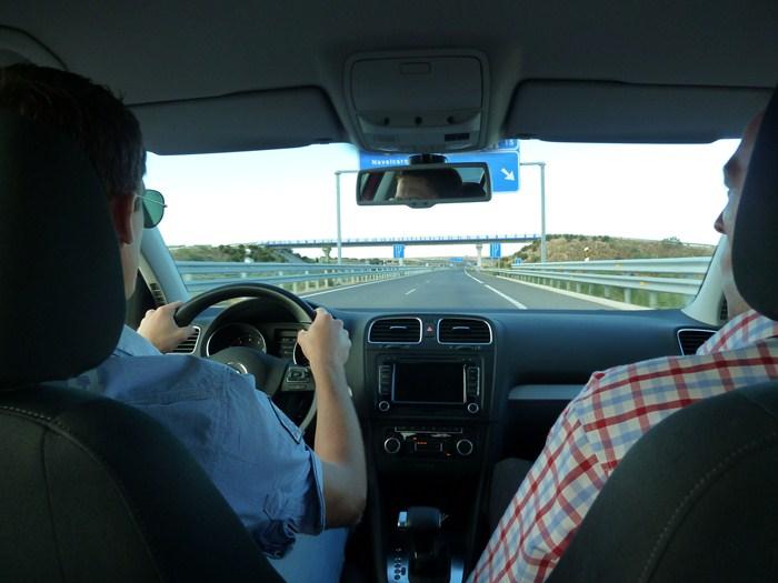 Volkswagen Golf 100.000 km. Pablo al volante.