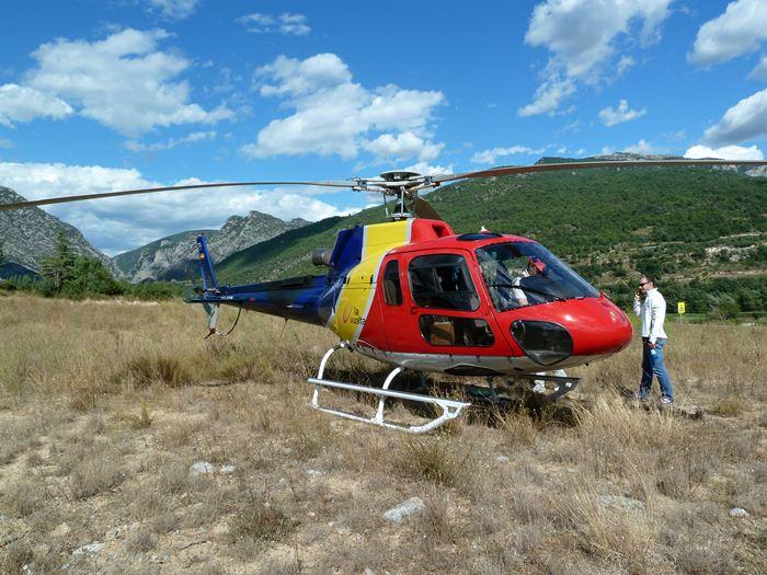 Helicoptero para ver a los ciclistas desde el aire
