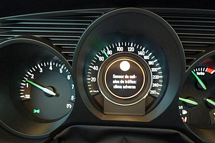 Saab 9-5. Reconocimiento de señales. Clima Adverso.