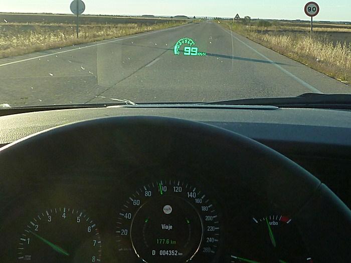 Saab 9-5. Reconocimiento de señales. Límite de velocidad.