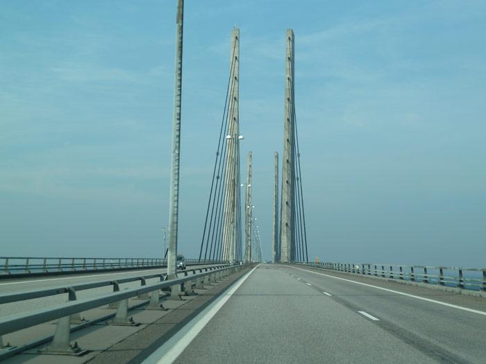 Cruzando el Puente de Öresund