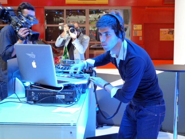 Jaime Alguersuari F1 Driver DJ