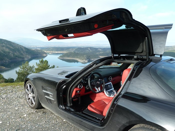 Mercedes-Benz SLS AMG. Interior