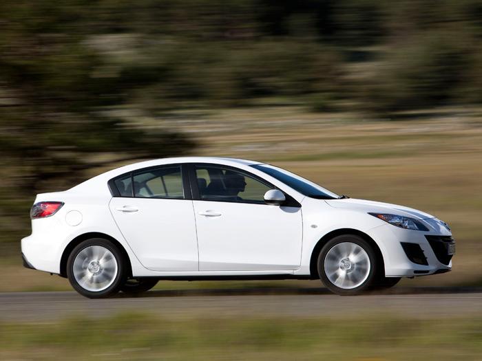 Mazda3 Sedán 1.6-CRTD SOHC 115 CV. Prueba. Movimiento.