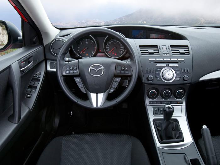 Mazda3 Sedán 1.6-CRTD SOHC 115 CV. Interior