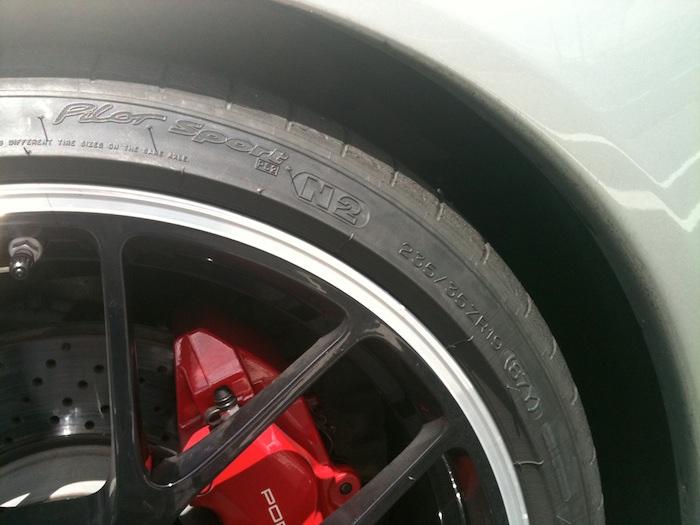 Porsche 911 GTS (997) con Michelin Pilot Sport PS2