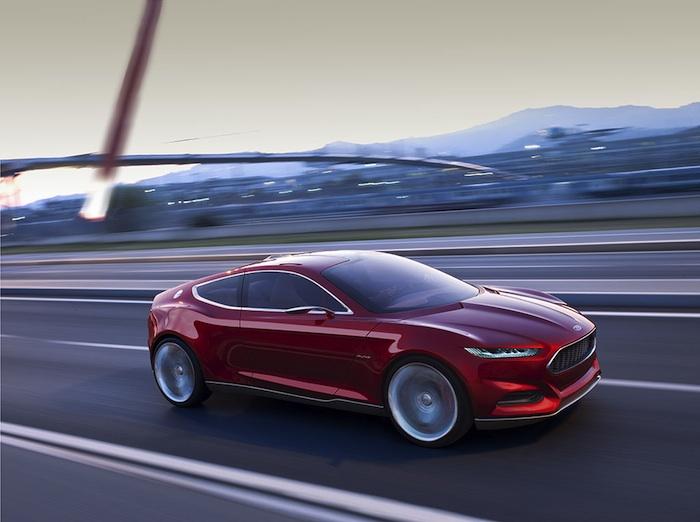Ford EVOS Concept Rueda por la carretera