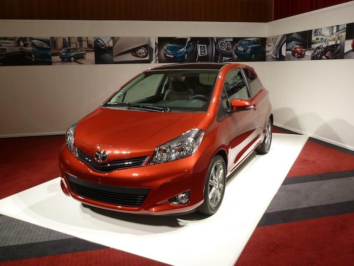 Toyota Yaris 3p tres puertas. Vista frontal.