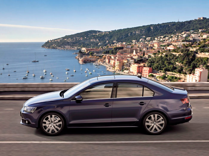 Prueba interesante (1): Volkswagen Jetta Sport 2.0 Tdi. Exterior - Lateral