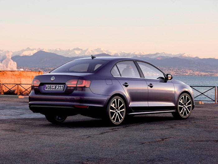 Prueba interesante (1): Volkswagen Jetta Sport 2.0 Tdi. Exterior - Trasera