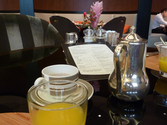 Hotel de Rome. Berlín. Desayuno. Café. Zumo
