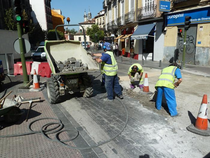 Adoquines. Madrid. Calle de Tintoreros.