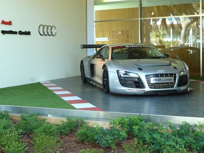 Audi R8LMS