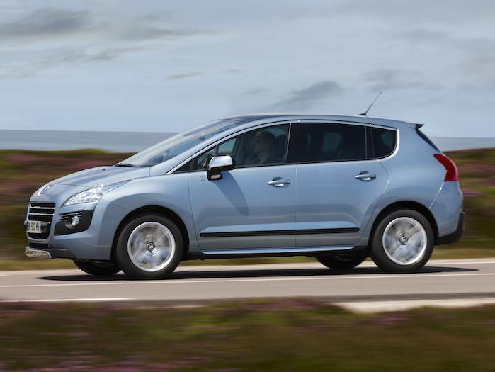Peugeot 3008 HYbrid4. Hoy lo conocemos mejor. Desde 33.800 Euros.