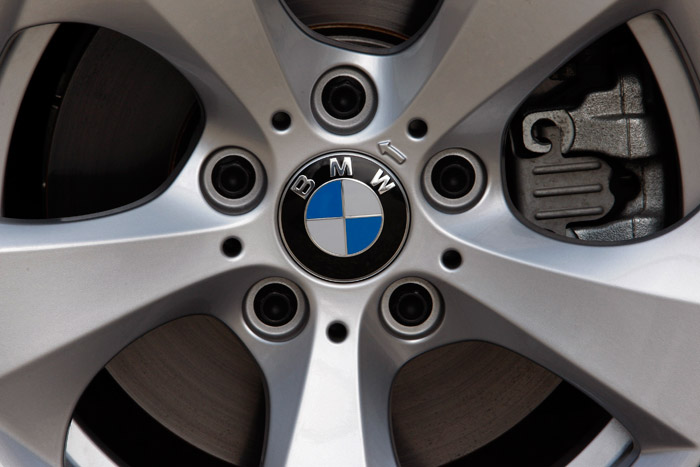 BMW 320d Efficient Dynamics 2.0d 163 CV. Prueba. Consumo. Llanta