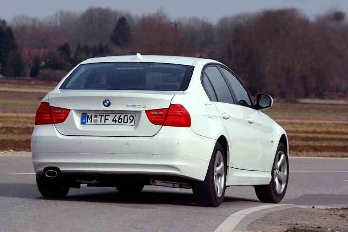 BMW 320d Efficient Dynamics 2.0d 163 CV. Prueba. Consumo. Posterior